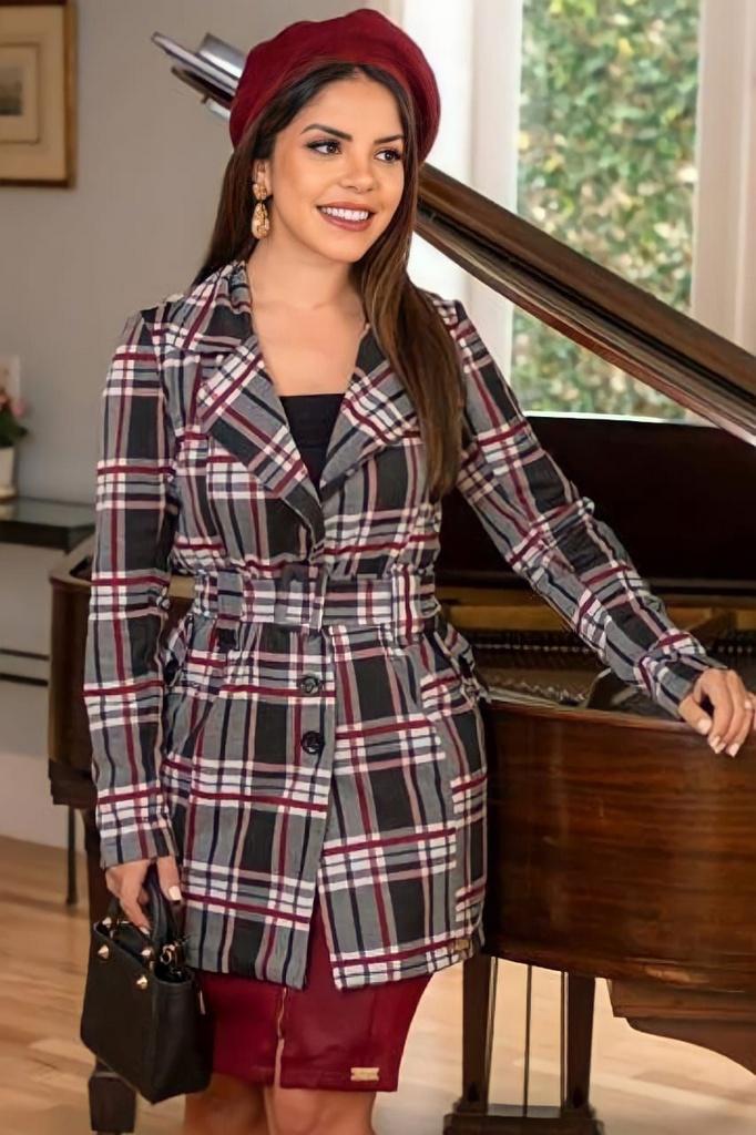 Casaco Xadrez Moda Evangelica com botões e detalhes em fivela Boutique K 0254