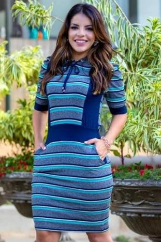 Vestido Tubinho Moda Evangelica Azul com detalhe em capuz Boutique K 4771