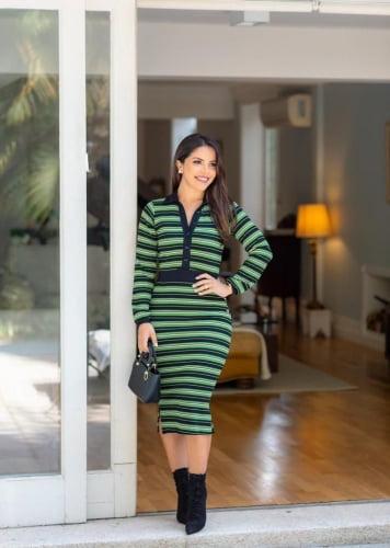 Vestido Tubinho Moda Evangelica Verde Listrado com botões Boutique K 5085